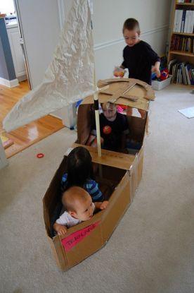 Statek z tektury - zabawki dla dzieci