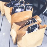 Sklep zakupy w torbach